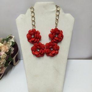 Beautiful Vintage Flower Statement Necklace